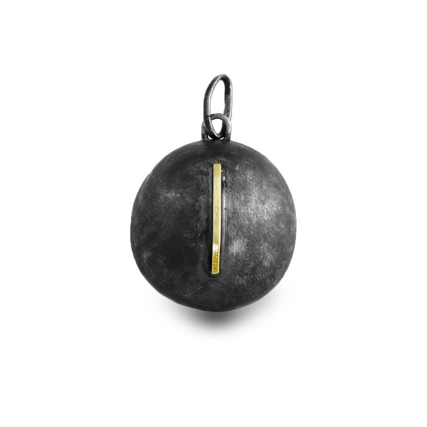 black-silver-gold-pendant-round