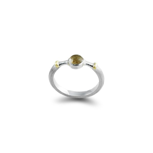 cabochon-rutile-quartz-ring