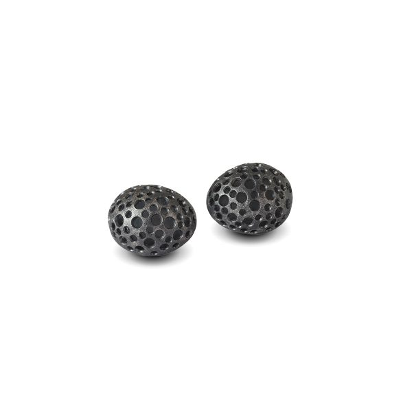 black-rounded-studs